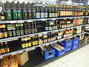 Bier-Regal in belgischem Supermarkt